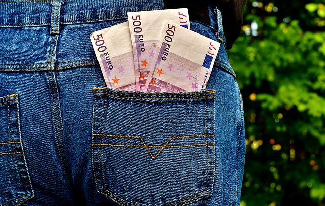 Rente zum 1. Dezember beantragen und bis Lebzeitende Steuern sparen!